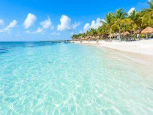 playa del carmen cristalina
