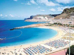 playa del ingles turistas
