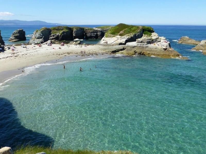 Playas cerca de la Playa de las Catedrales de las islas