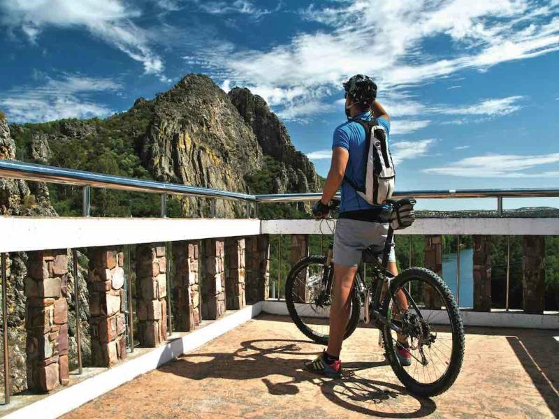 bicicleta Playa de las Catedrales cicloturismo