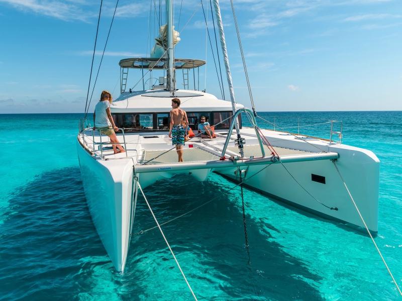 catamarán playa del carmen catamaran
