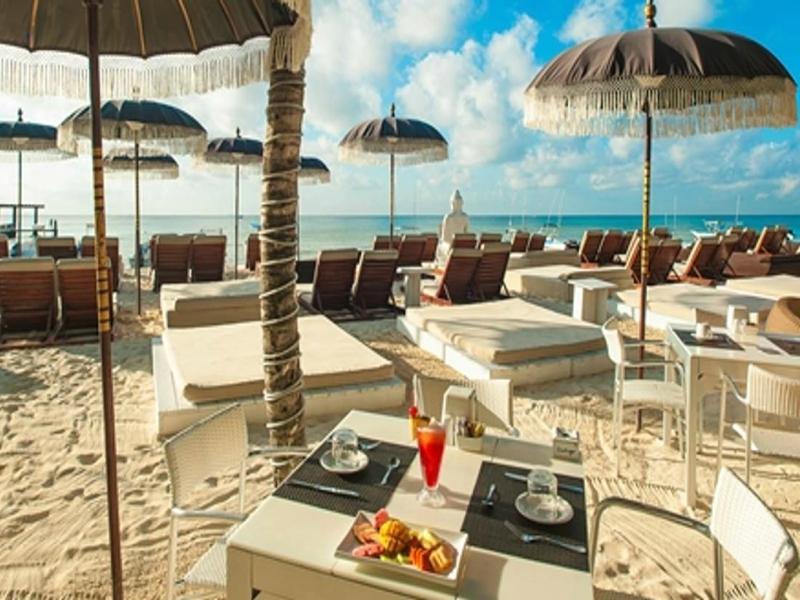 club de playa en playa del carmen indigo