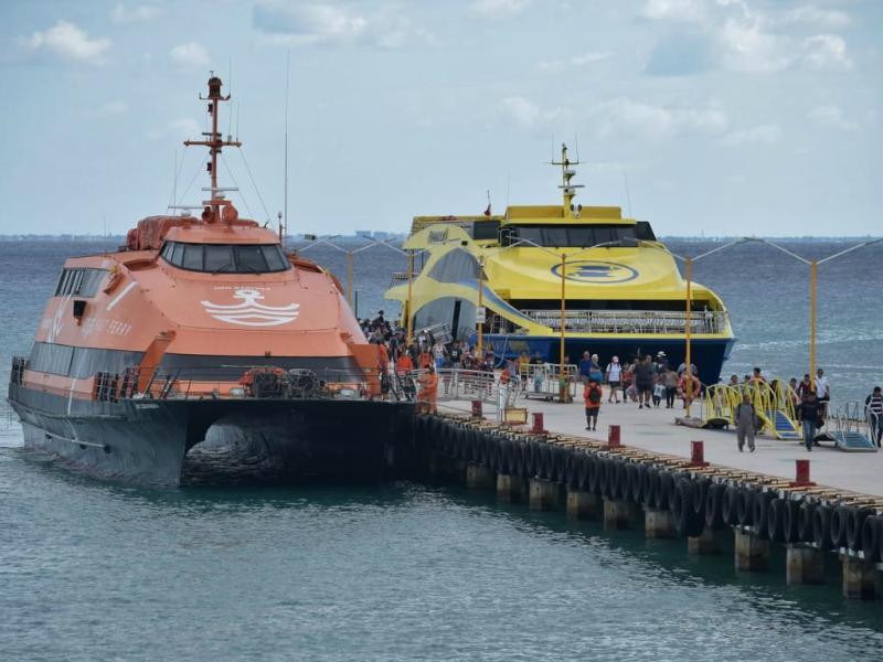 3 Formas de tomar el Ferry Playa del Carmen
