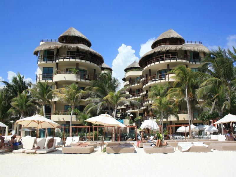 hoteles en playa del carmen taj oceanfront