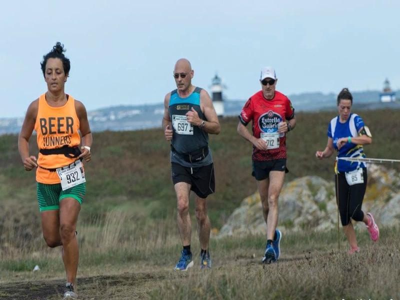 media maratón playa de la catedrales