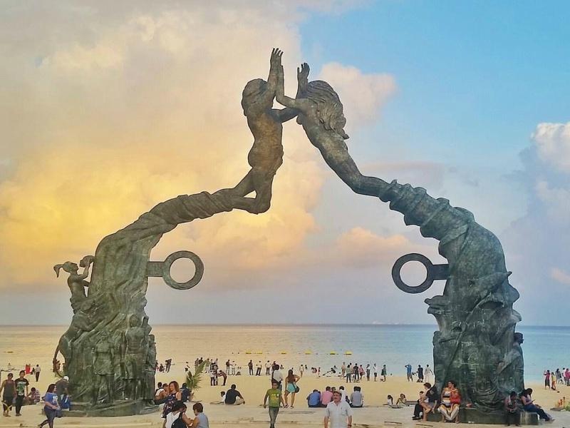 playas en playa del carmen portal maya