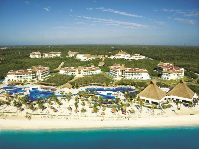 resorts en playa del carmen Bluebay Grand Esmeralda