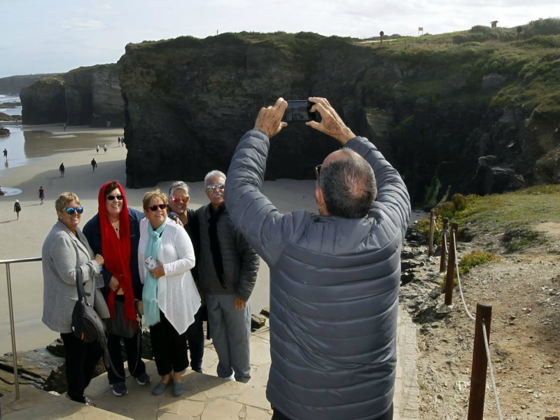 Excursión playa de las catedrales vacaciones seniors