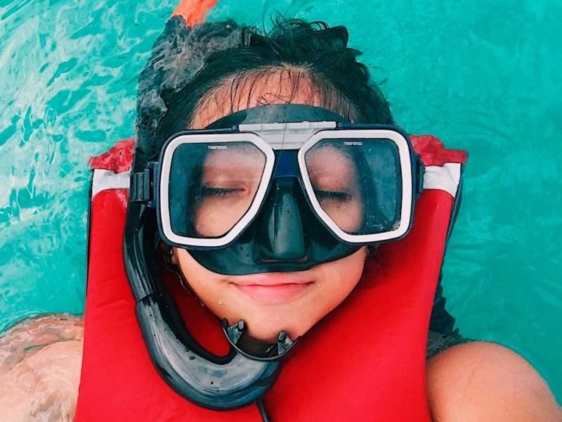 equipo snorkel playa de los muertos